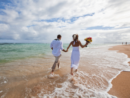 bride-groom-beach-kauai