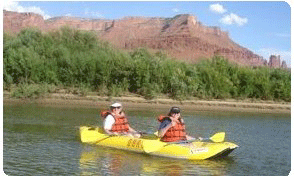 kayaking-colorado-river-linda-tatten