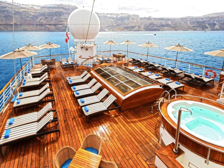 windstar pool deck